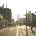 歩行者天国は午後三時〜午後九時までです。